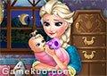 冰雪艾莎照顧嬰兒