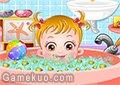 可愛寶貝愛洗澡